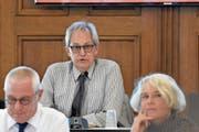 In der ersten Sitzung unter der Leitung von Thomas Forster diskutierte der Rat über eine Initiative von SVP und Gewerbeverein. (Bild: cal)