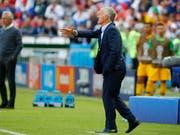 Didier Deschamps war mit der Leistung gegen Australien nicht zufrieden (Bild: KEYSTONE/EPA/DIEGO AZUBEL)