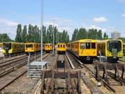 Züge der Berliner U-Bahn im Depot Friedrichsfelde. (Bild: Aazarus/Wikipedia)