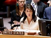 Die US-Botschafterin bei den Vereinten Nationen, Nikki Haley, sieht Russland in Syrien in der Pflicht. (Bild: KEYSTONE/EPA/JUSTIN LANE)