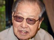 Der frühere südkoreanische Ministerpräsident und Begründer des einst berüchtigten staatlichen Geheimdienstes KCIA, Kim Jong Pil, starb am Samstag auf dem Weg ins Spital. (Bild: KEYSTONE/AP Newsis)