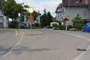 Busse nach Gähwil halten weiterhin bei der bisherigen Haltestelle Post. (Bild: Beat Lanzendorfer)