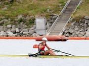 Jeannine Gmelin - im Bild nach ihrem Sieg im Halbfinal - gewann in Linz-Ottensheim die Weltcup-Regatta im Skiff (Bild: KEYSTONE/APA/APA/EXPA/ROLAND HACKL)