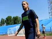 Nationalverteidiger Michael Lang schielt Richtung Bundesliga (Bild: KEYSTONE/LAURENT GILLIERON)