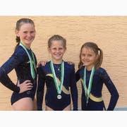Die erfolgreichen Bürglerinnen (von links): Nina Baumann (Silber K3), Laura Baumann (Gold K3) und Kyra Arnold (Bronze K1). (Bild: PD)