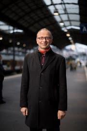 Grüne-Nationalrat Michael Töngi (51) ist neu im elfköpfigen Zentralvorstand von VCS Schweiz. (Bild: Corinne Glanzmann (Luzern 8. Dezember 2017))