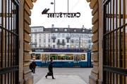 Der Finanzplatz Zürich (Bild vom Paradeplatz) ist auf Platz 4 weltweit. (Bild: Archiv LZ)