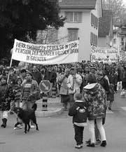Schliessungspläne wühlen auf: Demonstration 1997 in Rorschach. (Ursula Häne)