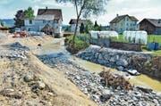 Ein verbreitertes und abgesenktes Bachbett soll die Hochwassergefahr bannen. Knapp 3 Millionen Franken kostet das Projekt. (Bild: Max Eichenberger)