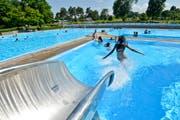 Die Schwimmbadgenossenschaft soll in die Verwaltung der Stadt Amriswil überführt werden. (Bild: Donato Caspari)