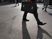 Banken und Behörden auf dem Schweizer Finanzplatz sind bei der Prävention und der Identifizierung krimineller finanzieller Aktivitäten gefordert. (Bild: KEYSTONE/GAETAN BALLY)