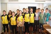 Doppelsieg für die gelb-schwarzen Urner Teams (links) bei den Junioren vor den Titelverteidigern aus Büren-Oberdorf. (Bild: PD)