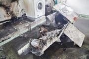 Der zerstörte Tumbler im Wohnhaus an der Weinberglistrasse 37. (Bild: Feuerwehr Stadt Luzern)