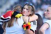 Trauer und Enttäuschung, aber auch Wut bei den Fans der deutschen Nationalelf. (Bild: Keystone)