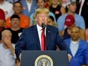 Die Regierung von US-Präsident Donald Trump ist mit einer weiteren Klage von amerikanischen Gliedstaaten konfrontiert. (Bild: KEYSTONE/FR159523 AP/RICHARD SHIRO)