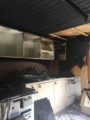 Die Küche gleicht nach dem Brand einem Schlachtfeld. (Bild: Kantonspolizei Uri, 27.06.2018)