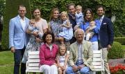 Die schwedische Königsfamilie im Juli 2016. (Bild: kungahuset.se)