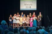 Abschlussfeier der Kanti Zug in der Waldmannhalle Baar. (Bild: Maria Schmid (Baar, 28. Juni 2018 ))