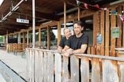 Rolf und Maggie Muttner lassen das Restaurant auf der Sportanlage hinter sich. Ab September wirten sie im Lerchenfeld. (Bild: Marcel Muttner)