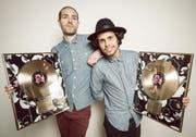 """Lo & Leduc stehen mit """"079"""" seit Wochen auf Platz 1 der Schweizer Charts. (Bild: PD)"""