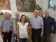 Der Vorstand Freundeskreis St.Iddaburg (von links): Othmar Gerschwiler, Kassier, Pater Walter Strassmann, Monika Messmer, Aktuarin, Hans Steuble, Präsident, und Andreas Faust, Vizepräsident. (Bild: PD)