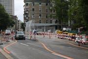Die Baustelle für den Aufgang aus der Rathaus-Unterführung des Bahnhofs an der Rosenbergstrasse. (Bild: Fabian Egger)