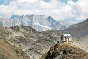 Die Cabane des Dix im Wallis: Musterbeispiel einer Berghütte, die selber Energie produziert. (Bild: Getty)