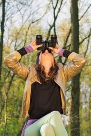 Vögel beobachten heisst auch nach oben schauen statt ständig aufs Handy. (Bild: Getty)