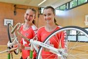 Das erfolgreiche Amriswiler Kunstrad-Duo Jeannine Graf und Nadine Zuberbühler. (Bild: Donato Caspari)