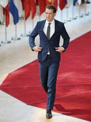 Im Fokus der Medien: Österreichs Kanzler Sebastian Kurz gestern am EU-Gipfel in Brüssel. (Bild: Eva Plevier/Reuters (28. Juni 2018))