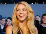 Shakira startete in der deutschen Stadt Hamburg ihre neue Welttournee, nachdem sie die Konzertreihe im Jahr 2017 aufgrund einer Erkrankung hatte absagen müssen. (Bild: KEYSTONE/AP/MICHEL EULER)