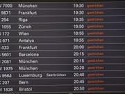 Der Hamburger Flughafen soll am Montagmorgen seinen Betrieb nach einem Stromausfall wieder aufnehmen. (Bild: KEYSTONE/DPA/DANIEL REINHARDT)
