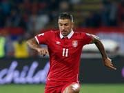 Serbien mit Aleksandar Kolarov unterlag in einem Testspiel Chile 0:1 (Bild: KEYSTONE/AP/DARKO VOJINOVIC)