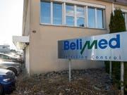 Metall Zug baut bei der Tochter Belimed in Deutschland bis zu 100 Stellen ab. Im Bild hier der bereits geschlossene Standort im luzernischen Ballwil. (Bild: KEYSTONE/SIGI TISCHLER)