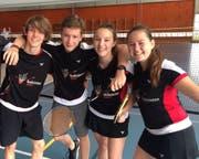 Das Badminton Mixed Team erreichte den fünften Rang: Joel Gisler, Ben Wild, Elia Truttmann, Julia Gisler, Bianca Gnos. (Bild: PD)