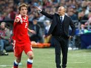 Russland-Coach Stanislaw Tschertschessow hat auch im letzten Test vor der WM einiges zu korrigieren (Bild: KEYSTONE/AP/PAVEL GOLOVKIN)