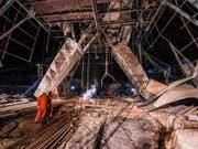 Mindestens elf Menschen waren am Dienstag bei der Explosion in einer Eisenerzmine in Benxi in der chinesischen Provinz Liaoning getötet worden. (Bild: Keystone/AP Xinhua/PAN YULONG)