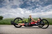 Heinz Frei ist seit Anfang an mit dabei beim Rollstuhl-Marathon rund um den Sempachersee - neu Rollsport. Zu Beginn noch mit einem Rennrollstuhl Marke Eigenbau unterwegs, flitzt er nun mit dem Handbike um den See. (Bild: Pius Amrein. Nottwil, 6. Juni 2018)