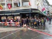 See, Berge und Shopping: Das bietet Luzern den Touristen und ist damit besonders bei Gruppenreisenden beliebt, die in den letzten Jahren immer zahlreicher wurden. (Bild: KEYSTONE/SIGI TISCHLER)