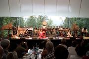 Impression vom Volkskulturfest Obwald. Im Bild: Das Hon Viet Orchestra aus Vietnam. (Bild: Manuela Jans)
