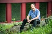 Bis vor kurzem war er noch Thurgauer Generalstaatsanwalt, jetzt ist Hans-Ruedi Graf frisch pensioniert. (Bild: Reto Martin)