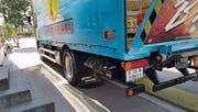 Damit die Getränke geliefert werden können, muss der Lastwagen vor dem Restaurant auf dem Trottoir anhalten. (Bild: pd)