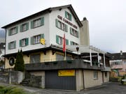 Der Wirt des Restaurants Mühle in Schattdorf wurde im März 2013 von einem Bekannten erstochen. (Bild: KEYSTONE/SIGI TISCHLER)