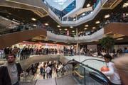 Im Innern der «Mall» soll im Sommer ein Public Viewing samt Torschiessen stattfinden. (Bild: Dominik Wunderli (8.11.2017))