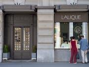 Das Luxusgüterunternehmen Lalique - hier die Filiale in Zürich - geht am 25. Juni an die Schweizer Börse SIX. (Bild: KEYSTONE/MELANIE DUCHENE)