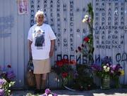 «Sie starben für Odessa»: Gedenkstätte vor dem Gewerkschaftsgebäude auf dem Kulikow-Platz. (Getty (Odessa, 2. Mai 2018))