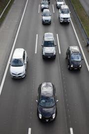 Dichte Verhältnisse auf der Autobahn. Symbolbild Keystone.
