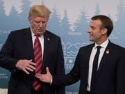 US-Präsident Donald Trump und Frankreichs Staatschef Emmanuel Macron beim Treffen am G7-Gipfel in Kanada. (Bild: KEYSTONE/EPA/IAN LANGSDON)
