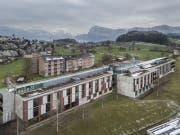 Luftaufnahme vom Kirchfeld, dem Haus für Betreuung und Pflege in Horw. | Bild: Pius Amrein