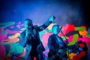 Eindringlicher Auftritt: Depeche Mode im Sittertobel. (Bild: Ralph Ribi)